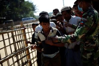A file photo of Rohingya refugees at a refugee camp in Bangladesh. Photo: Reuters