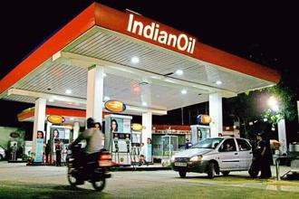 In the last three years, Indian Oil, HPCL and BPCL have not issued any advertisements inviting potential dealership aspirants. Photo: Bloomberg