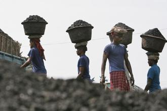 The WRI study said that India can reduce its greenhouse gas emissions intensity by 43% below 2005 levels by 2030. Photo: AP