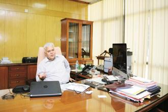 Trai chairman R.S. Sharma. The regulator is also set to meet broadcasters on 12 January and telecom operators on 23 January to come up with a broad agenda for 2018. Photo: Ramesh Pathania/Mint