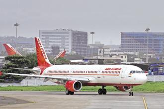 Existing rules allow foreign airlines to own as much as 49% in private Indian airlines, but not in Air India. Photo: Abhijit Bhatlekar/Mint