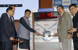 Railway minister Piyush Goyal during the listing ceremony of IRFC's green bonds in Mumbai on Saturday. Photo: PTI