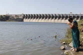 The Maharashtra govt inks a memorandum with Israeli firm Mekorot to interlink major dams in Marathwada region. Photo: HT