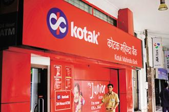 Kotak Mahindra Bank's gross non-performing assets (NPAs) advanced 16.9% to Rs3,714.99 crore at the end of the December quarter from Rs3,177.88crore in the same quarter last year. Photo: Pradeep Gaur/Mint