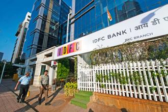 IDFC Bank's gross non-performing assets (NPAs) fell 22.58% to Rs2,776.67 crore at the end of the December quarter from Rs3,586.70 crore in the same quarter last year. Photo: Mint