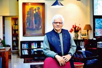 Vivan Sundaram at his home. Photo: Priyanka Parashar/Mint