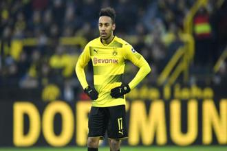 A logjam was broken on deadline day in European football when the path was cleared for Arsenal to pay a club-record €63.75 million ($80 million) for Pierre-Emerick Aubameyang. Photo: AP