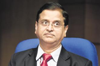 India has not seen fiscal deficit of 3.5% in the last 12 years, says economic affairs secretary Subhash Chandra Garg. Photo: HT