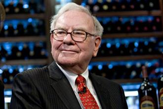 Berkshire Hathaway Inc. chairman Warren Buffett, the world's third-richest person, was hardest hit, losing $5.1 billion, according to the Bloomberg Billionaires Index. Photo: Bloomberg