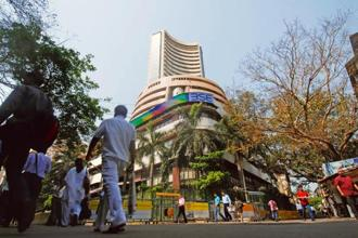 Investors also remained on the sidelines after the Reserve Bank of India indicated that monetary conditions are likely to remain tight because of rising risks to inflation. Photo: Hemant Mishra/Mint