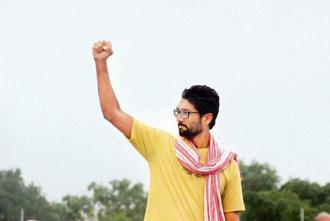 A 2016 photo of Jignesh Mewani during Dalit Asmita Yatra at Gadhda in Gujarat. Photo: Siddharaj Solanki/Hindustan Times