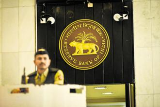 RBI's new bad loan rules stipulate that starting 1 March, banks must implement a resolution plan within 180 days for accounts of at least Rs2,000 crore. Photo: Aniruddha Chowdhury/Mint