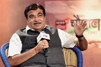 The National Democratic Alliance (NDA) government has never protected scam-tainted people, said transport minister Nitin Gadkari when asked about the PNB fraud case. Photo: PTI