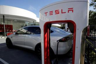 Palo Alto will only charge Tesla models and won't work on other manufacturers' electric cars. Photo: Reuters