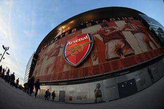 Among the top 10 clubs in Europe, Arsenal recorded the third-lowest increase in gate receipts in 2016-17, the year in which it won the FA Cup but stumbled its way through the bigger competitions. Photo: AFP