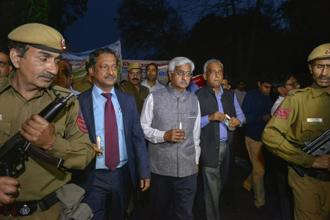Delhi chief secretary Anshu Prakash leads a candle light march from Delhi Secretariat to Rajghat over the recent assault on him by AAP MLAs, in New Delhi on Wednesday. Photo: PTI