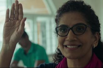 Tanishq's new spot, made by advertising agency Lowe Lintas, features a middle-aged lady who is introduced as a successful chief executive of a company choosing to go back to college.