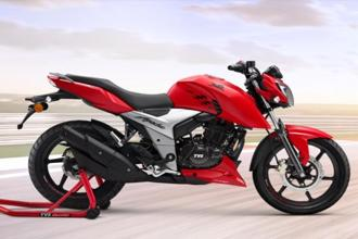 The Apache 160 4V base variant is priced at Rs81,490 (ex-showroom New Delhi) while the top-end fuel injected variant is priced at Rs89,990 (ex-showroom New Delhi).