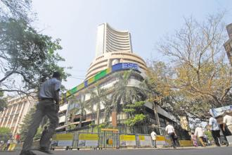 Sensex shed 1.51%, or 509.54 points, to close at 33,176 points, while the Nifty declined 1.59%, or 165 points, to close at 10,195.15 points. Photo: Hemant Mishra/Mint