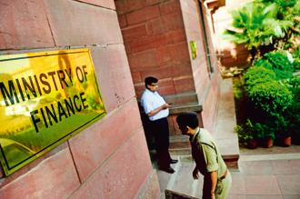 Finance ministry rejected highest number of RTI applications received by it during 2016-17, the year in which it had implemented demonetisation of Rs1,000 and Rs500 currency notes. Photo: Mint