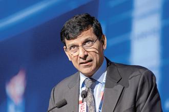 Former RBI governor Raghuram Rajan expressed hope that India will move up to a 'higher plane of growth' after 2019 Lok Sabha elections. Photo: Abhijit Bhatlekar/Mint