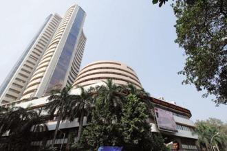The benchmark BSE Sensex fell by 130 points on Thursday due to profit booking in realty, capital goods, tech, auto and banking stocks. Photo: Mint