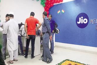 Telecom major Bharti Airtel was the first to begin payment bank services in November 2016 while Jio is the latest entrant. Photo: Pradeep Gaur/Mint