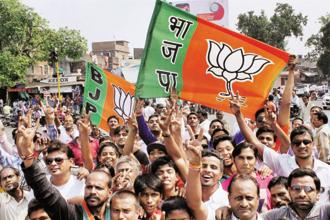 Between 2015-16 and 2016-17, the income of BJP increased by 81.18% from Rs570.86 crore to Rs1,034.27 crore. Photo: PTI