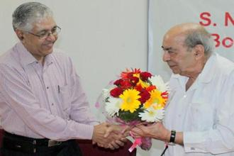 Nihal Singh (right) was the finest mentor a young journalist could have.