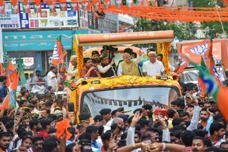 A BJP roadshow in Hubli, Karnataka. A 2017 study states that out of the 543 Lok Sabha constituencies, 160 are 'highly' influenced and another 67 are 'moderately' influenced by social media. Photo: PTI