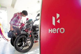 Sales of two-wheelers have increased 25% in the quarter ended 31 March, driven by higher demand for commuter motorcycles sold by Hero MotoCorp, Bajaj Auto and TVS Motor. Photo: Bloomberg