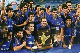 Shane Warne's Rajasthan Royals, the underdogs, with the IPL 2008 trophy. Photo: Getty Images