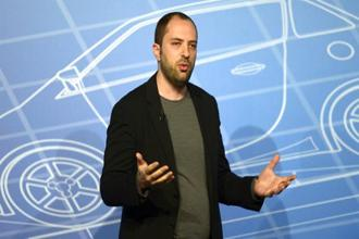 Jan Koum would forfeit 5.8 million shares, worth $997.5 million as of Monday's close, if he left before May 15. Photo: AP