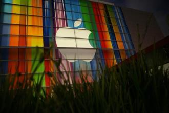 Apple topped $500 billion for the first time in February 2012. Photo: AFP