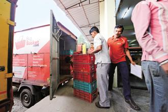 BigBasket, India's largest grocery start-up, is in talks with investors to build a large war chest to prepare for a long-drawn-out battle with deep-pocketed rivals Amazon India and Walmart Inc. Photo: Hemant Mishra/Mint