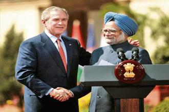 Former US President George W. Bush with former Indian Prime Minister Manmohan Singh. Photo: Reuters