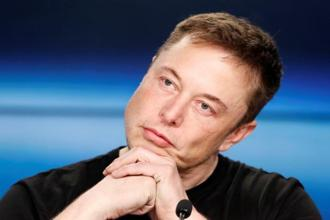 Tesla CEO Elon Musk launched his foray into public transit after he complained on Twitter in December 2016 that clogged traffic was 'driving me nuts', vowing then to 'build a boring machine and just start digging'. Photo: Reuters