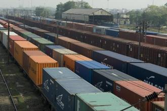 Gateway Rail Freight operates a fleet of 23 trains and more than 265 owned road trailers at its terminals. Shares of Gateway Distriparks were trading 19.75% higher at Rs198.90 on BSE. Photo: Mint