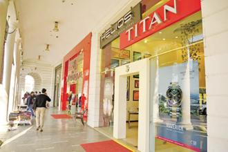 The buying capacity of first-time customers, who would earlier spend Rs30,000-40,000 at Tanishq outlets, has gone up to Rs3-5 lakh. Photo: Ramesh Pathania/Mint