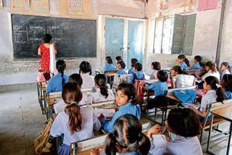 The govt will spend Rs34,000 crore in 2018-19 for the education schemes clubbed under the Samagra Shiksha Abhiyan. Photo: HT