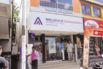 RCom shares climbed for a fourth day, adding 9.7% on Wednesday to close at Rs17.50 in Mumbai. Photo: Hemant Mishra/Mint