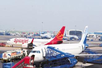 Yields declined year-on-year at IndiGo and Jet Airways, while SpiceJet saw an improvement in yields. Photo: Ramesh Pathania/Mint