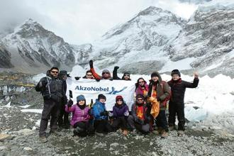 The AkzoNobel team at the Everest Base Camp.