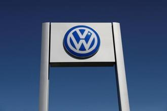 Volkswagen had earlier submitted a plan to the tribunal to recall over 3.23 lakh vehicles in the country fitted with a 'defeat device' meant to fudge emission tests. Photo: Reuters