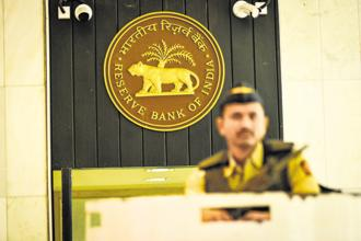 The Reserve Bank of India (RBI) may hold its repo rate and seek more data before next rate hike. Photo: Aniruddha Chowdhury/Mint