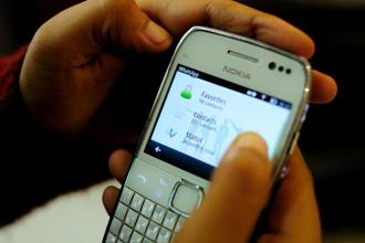 On 20 July, WhatsApp launched a test to limit forwarded messages to more than five chats at once. Photo: Mint