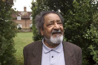 Vidiadhar Surajprasad Naipaul—Vidia to those who knew him—was born on 17 August 1932 in Trinidad, a descendant of impoverished Indians shipped to the West Indies as bonded labourers. Photo: AP