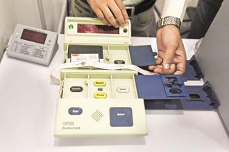 Having enjoyed the convenience and speed of EVMs as compared to the traditional paper ballot system, Namibia wants an upgrade to VVPATs. Photo: Hindustan Times
