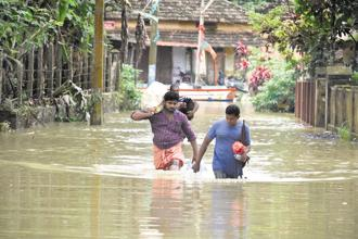 About one million people are estimated to have been displaced in Kerala. Photo: Raj K. Raj/Mint