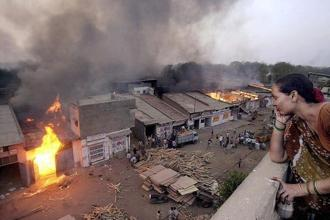 The train fire triggered communal riots across Gujarat in which more than 1,000 people were killed. Photo: HT